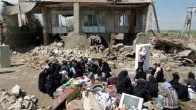 Terremoto de 7,3 grados entre Iran e Irak