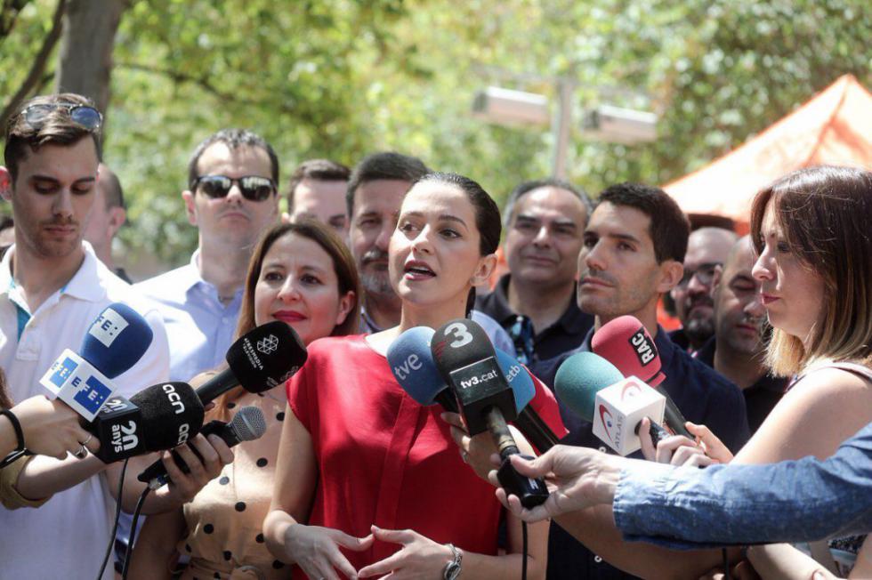 """Arrimadas: """"Sánchez ya tiene el gobierno hecho con nacionalistas y populistas"""""""