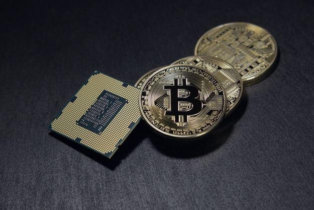 """Riesgo de """"implosión"""" para el bitcoin"""