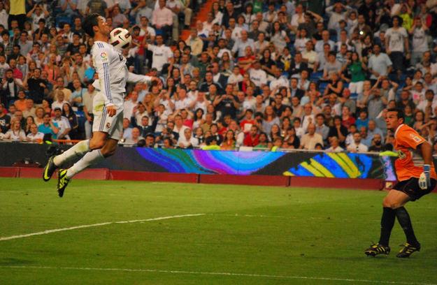 ¿Por qué Cristiano Ronaldo no está entre los jugadores mejor pagados del mundo?