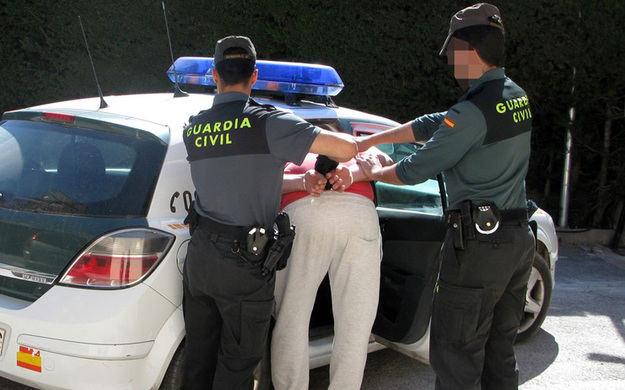 La Guardia Civil detiene a un individuo por pertenencia a la organización terrorista ETA