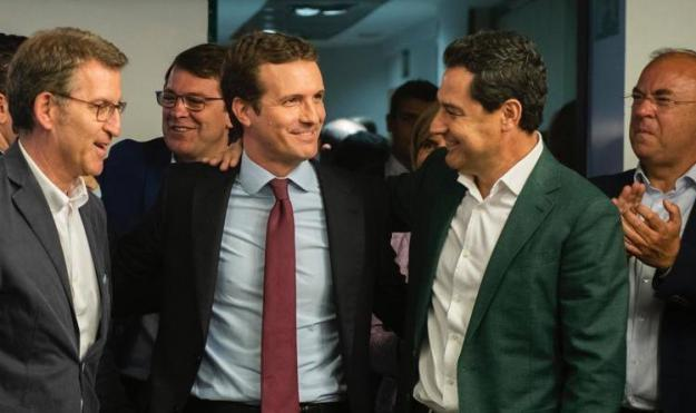 """Juanma Moreno: """"Recuperar el centro ha sido clave para que los resultados sean mucho más positivos"""""""