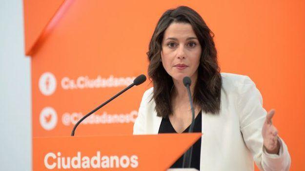 """Arrimadas: """"Tenemos la oportunidad de dejar atrás el sanchismo y el bipartidismo"""""""