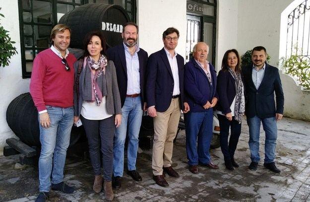"""Martín cree que las iniciativas populistas en campaña """"están en el ADN del PSOE"""""""